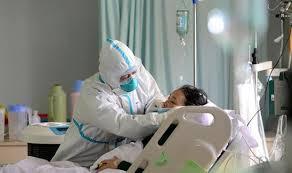 Coronavirus: 14 días de baja a médicos y enfermeros en riesgo